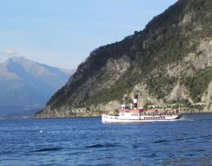 Bellagio行きの船